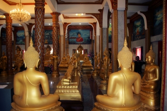 Golden Buddha - images of Thailand