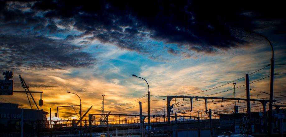 Sunrise over the railway-2
